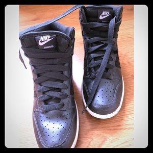 Nike Dunk High 6.0